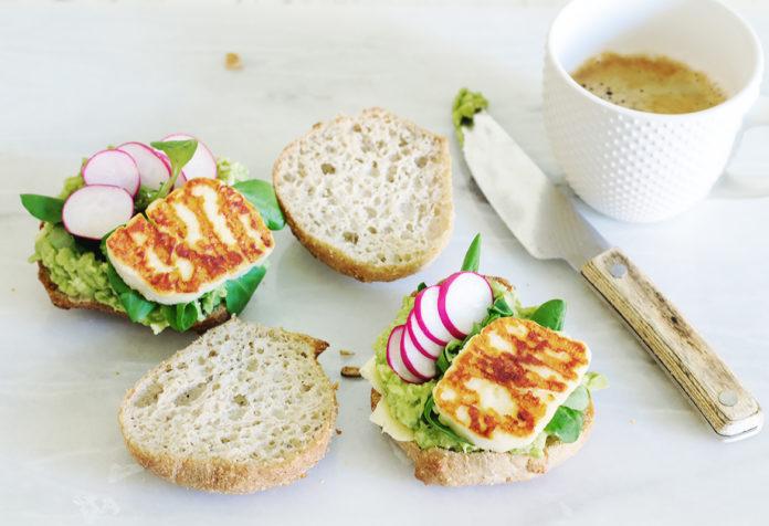 kanapka z halloumi