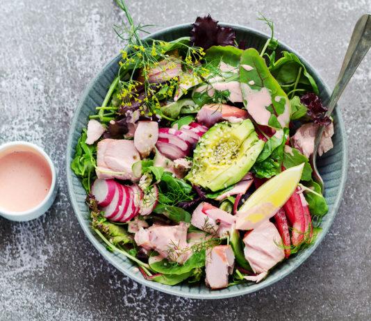 Losoś sałatka przepis lchf dieta