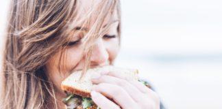 powolne jedzenie odchudza