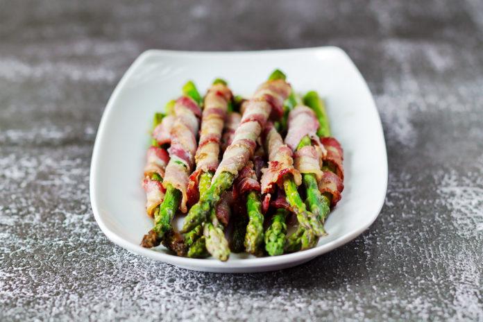 szparagi z boczkiem zdrowe odżywianie kup dietę